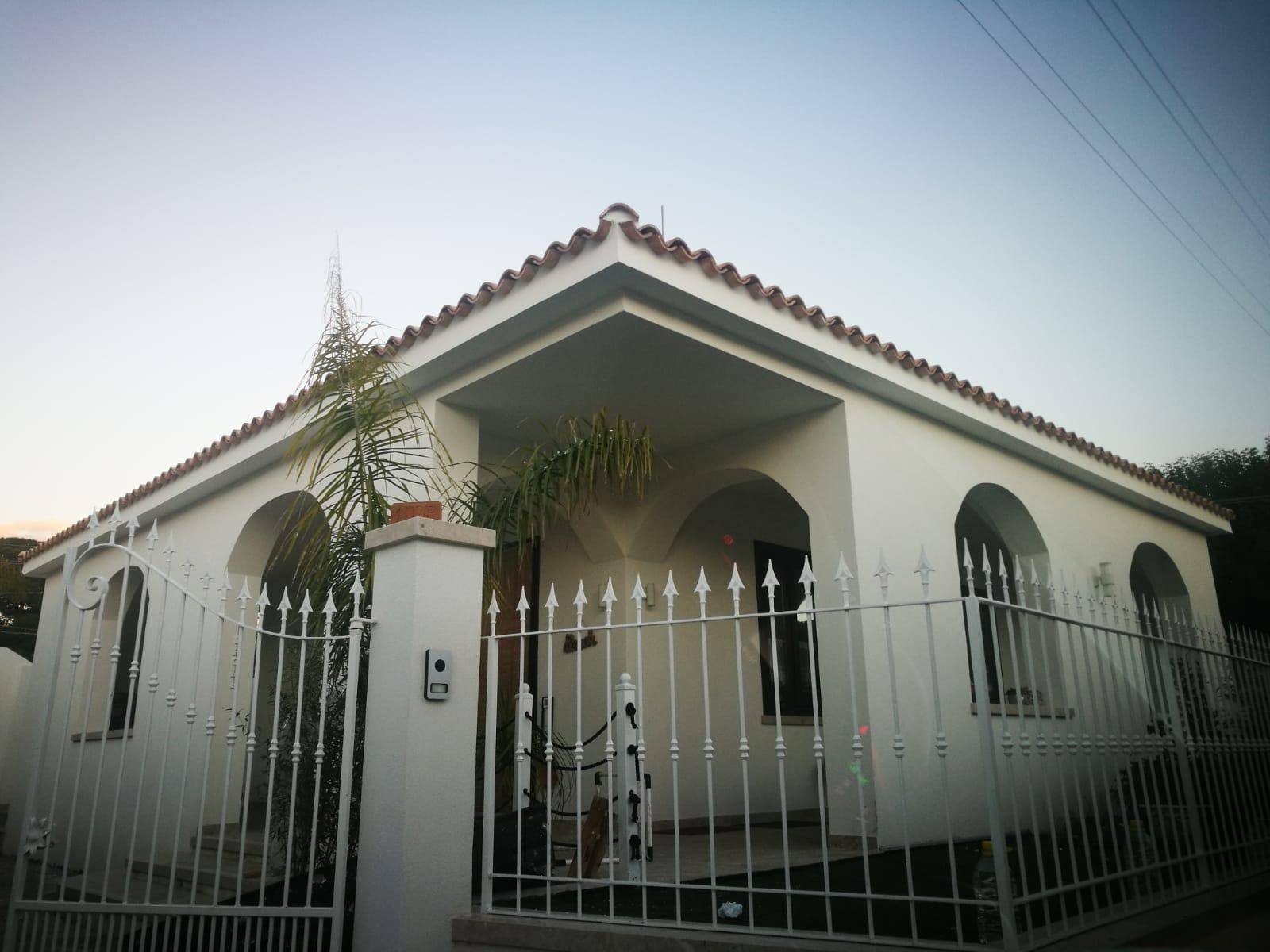 Renovierung ihres Hauses auf Sizilien