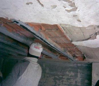 LAMINE IN CARBONIO – Ripristino strutturale di travetti sfondellati