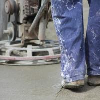 Strato d'usura ad alte prestazioni su pavimentazioni in calcestruzzo